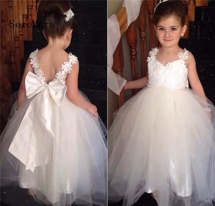 2018 Lace Ivory White Flower Girl Dresses Floor-Length Tulle With Bow Lovely Pageant Gowns First Communion Dress Formal Dress floor length plus size lace formal dress