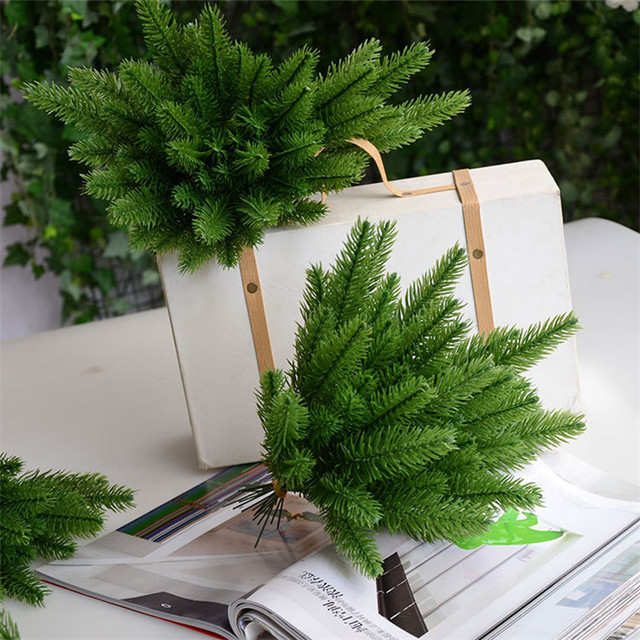 Artificial Christmas Tree Branches.Us 3 19 20 Off 10pcs Pine Tree Branches Artificial Plastic Pine Leaves For Christmas Diy Wedding Party Decoration Flower Arrangement Wreath In