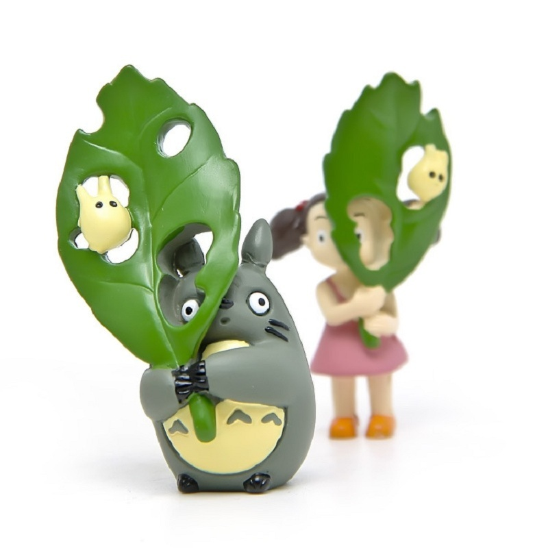 My Neighbor Totoro Jicha Action Figures Toys Totoro May Hold Big Green Leaf Collection Model Christmas Gifts for Kids