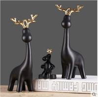 The family of three deer Decoration Nordic modern soft ornaments Creative living room wine cabinet ornaments TV cabinet Decorati