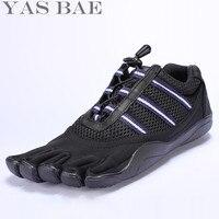 Große Größe 45 44 Verkauf Yas Bae Design Gummi mit Fünf finger Outdoor Rutschfeste Atmungs Licht Gewicht Turnschuhe Für Männer Jungen