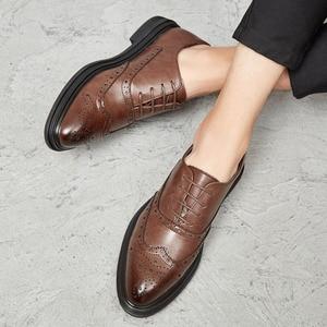 Image 5 - 2019 Мужские модельные туфли; кожаные оксфорды; Повседневная Деловая официальная мужская обувь на шнуровке; брендовая мужская Свадебная обувь
