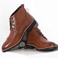 Inverno Sapatos Da Moda Para Os Homens dos homens Populares Homens De Vestido de Couro Botas Elevador Botas de Salto Baixo Do Dedo Do Pé Apontado Plana Masculino Martin botas