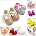 Детские девушки Летом Стиль Кружево Лук Пряжи Кружева Розовый Белый Желтый Новорожденный Sapatos де bebe Sandiales Fille обувь