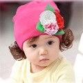 Primavera Outono de Algodão Floral Caps Orelha Quente Chapéus Skullies Gorros Com Peruca Para Meninas Do Bebê 8 Cores