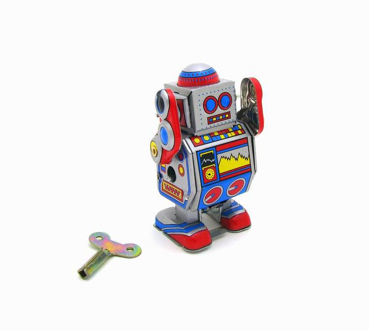 Classic Vintage Clockwork Wind Up Robot Photography Reminiscence Children Kids Tin Toys With Key Fun Toy For Children