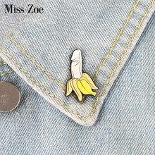 Pino de esmalte de banana dos desenhos animados broches de frutas botão distintivo presente para amigos lapela pino fivela jóias engraçadas roupas jeans boné saco