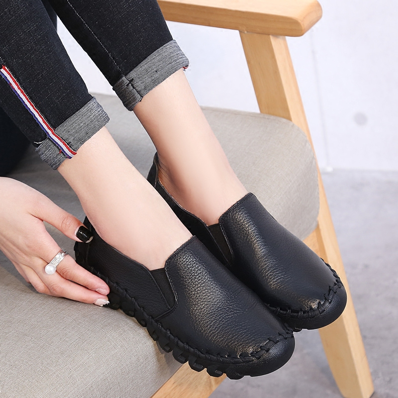 2020 New Women's Handmade Shoes Genuine Leather Flat slip-on Mother Shoes Woman Loafers Soft Single Casual Flats Shoes Women