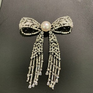 Image 3 - 11 12MM natural fresh water pearl brooch copper with cubic zircon bowknot brooch pins tassels classic fashion women jewelry