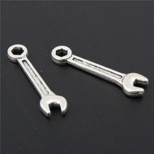 100 pçs feminino masculino bonito charme cor prata ferramenta criativa encantos pingente chave de metal a2898