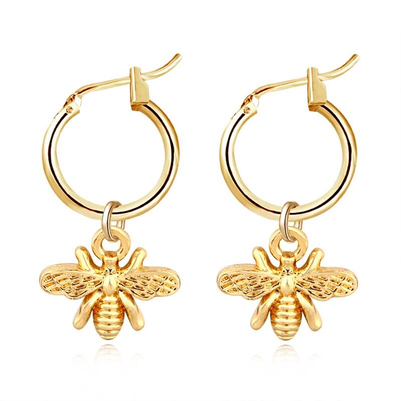 1 Paar Chic Gold Farbe Kleine Biene Anhänger Hoop Ohrringe Für Frauen Nette Stereoskopischen Insekten Ohrringe Mode Schmuck Geschenk E542 2019 Offiziell
