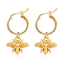 1pair Chic Gold Color Small Bee Pendant Hoop Earrings For Women Cute Stereoscopic Insect Earrings Fashion Jewelry Gift E542(China)