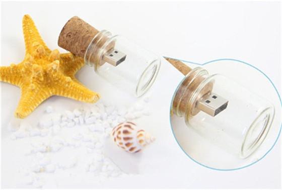 Drifting bottle can USB stick