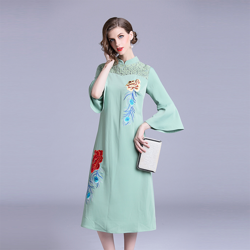 Broderie Manches Robes Robe Flare Style Chinois Cheongsam Florale Automne Femelle Quarts Mince Mandarin 2018 Trois Col Femmes De BexrodC