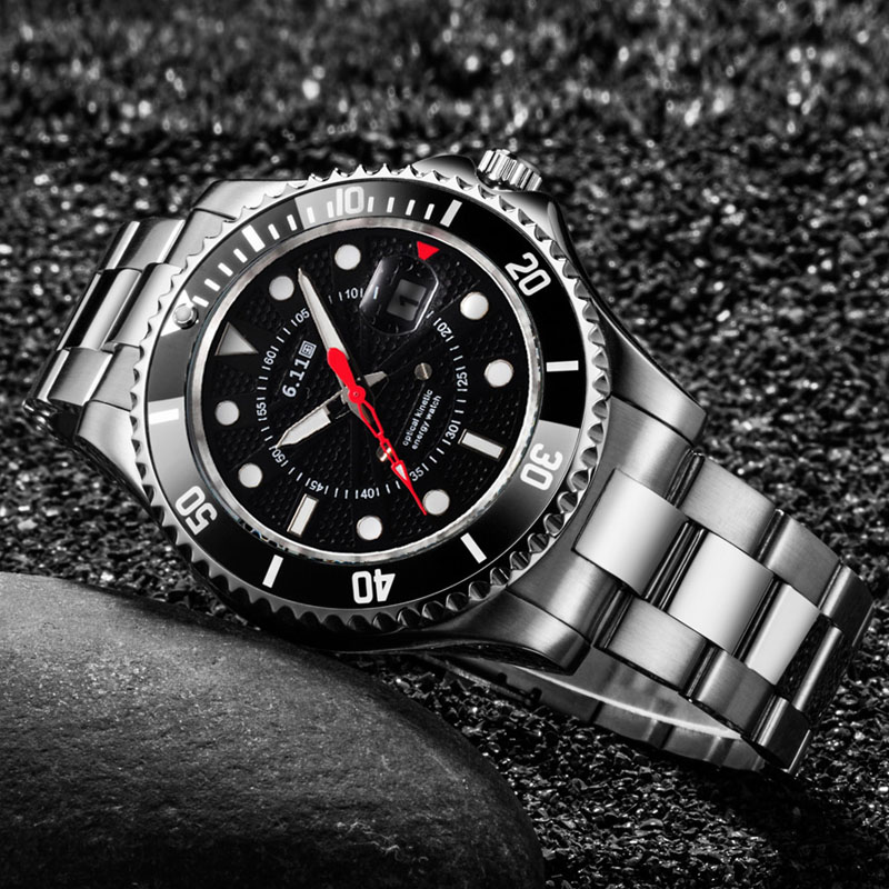 6.11 nouvelle montre à énergie solaire pleine horloge en acier militaire en plein air lumineux montre à Quartz décontracté 30M étanche Sport montre + boîte