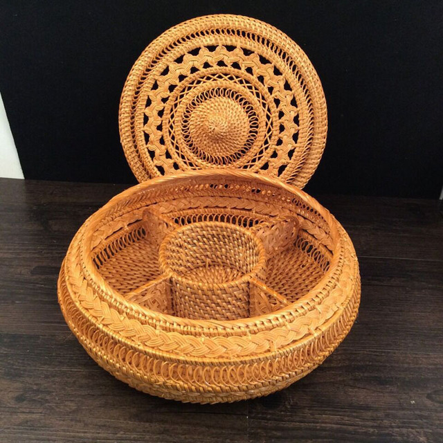 Vietnam Autumn Rattan puerh tea tin box with lid round hand-woven dried fruit storage box for snack pastry sundries best gift