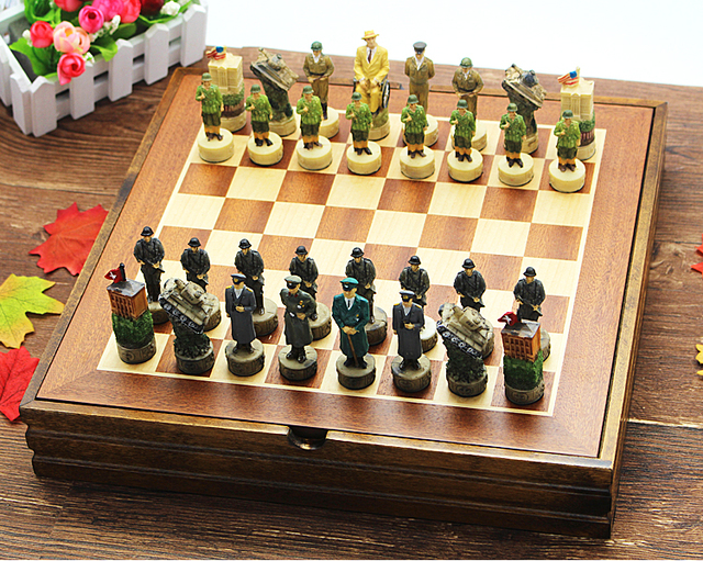 High Quality International Chess Set The World War II Series Chess Set  Resin Characters Dolls Figues Chess Set Nice Gift