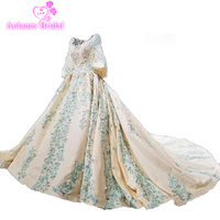 Luxury Bóng Gown Wedding Dress Puffy Váy Sóng Crystals Sparkly 3/4 Sleeves Hạt Sequins Ren Appliques Sang Trọng Bridal Gowns