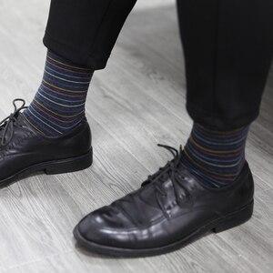 Image 5 - Chaussettes assorties en coton pour hommes, de couleur, pour robe daffaires, décontracté, longues, amusantes (5 pièces/lot)