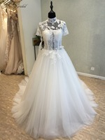 Amazing New Long Wedding Dress 2018 High Neck Short Sleeves Chapel Train Appliques Lace Tulle A