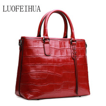 LUOFEIHUA leather bag 2019 new European and American leather bag handbag Fashion crocodile shoulder messenger bag european and american fashion crocodile pattern new handbag patent leather bright pu shoulder portable messenger bag 2018 new