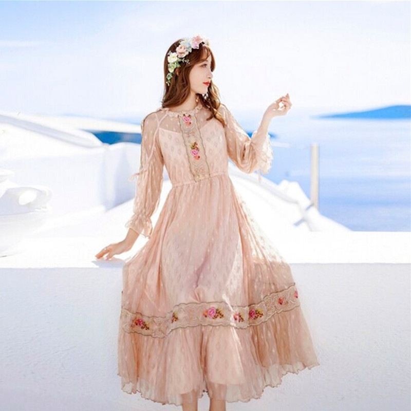 CWBshowGG Vintage style embroidered lace fairy high waist full sleeve sweet beach bohemian holiday autumn runway