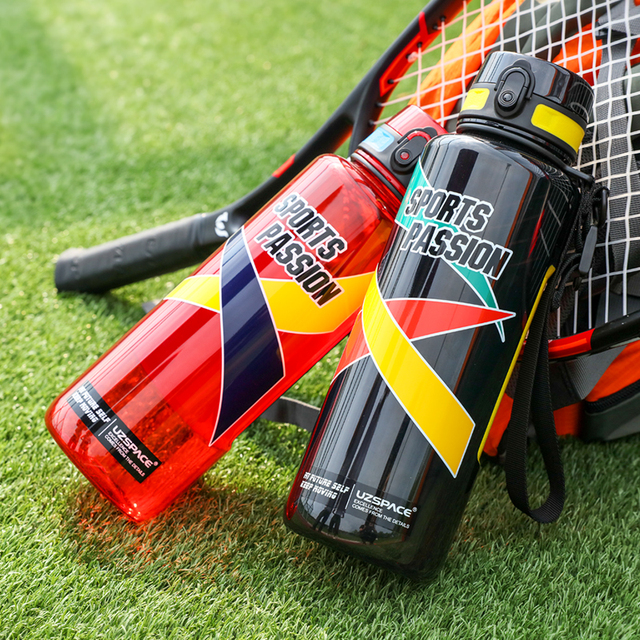 UZSPACE 스포츠 물병 대용량 남성 휴대용 크리 에이 티브 트렌드 주전자 야외 피트니스 공간 플라스틱 병 BPA 무료
