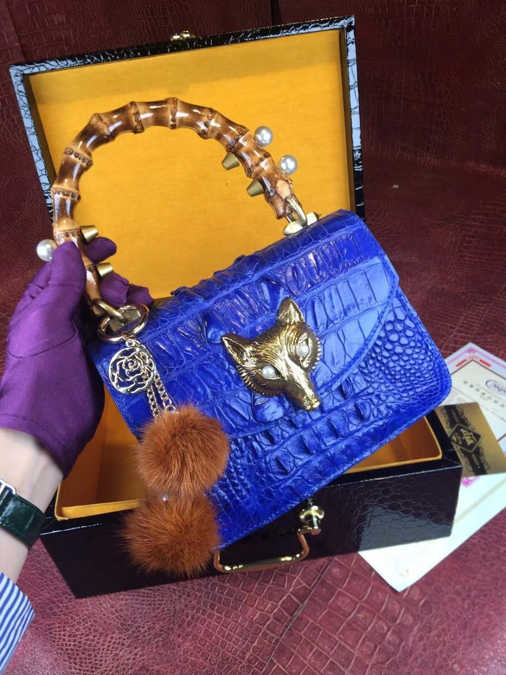 100% Crocodile Skin Small Size long metal chain lady Shoulder /Cross Body Bag alligator skin leather women bag purple blue color100% Crocodile Skin Small Size long metal chain lady Shoulder /Cross Body Bag alligator skin leather women bag purple blue color