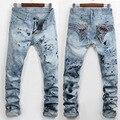 Горячая Продажа 2017 Весна Джинсовые Брюки Мужчины Новейшие Разработки Джинсовые уличные Джинсы Брюки Недавно Высокое Качество Тощий Slim Fit Печатных джинсы