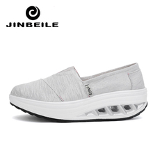 New Travel Women Toning Shoes 5 CM Thick Air Soles Height Increased Fitness Wedges Swing Sneakers 2018 Autumn Slimming