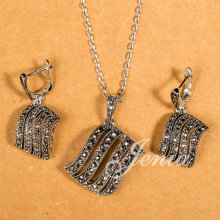 Jenia High Quality Retro Thai Silver Color Black Rhinestone Earring Necklace Tassel Jewelry Set for female