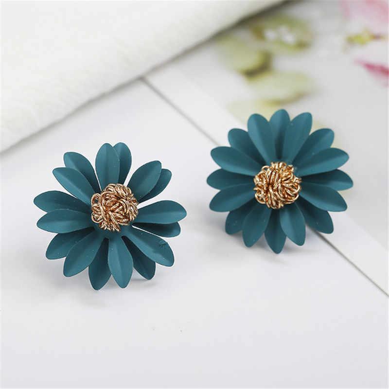 Free Shipping Sea Shell Starfish Earrings For Women Trendy Summer Vocation Sea Beach Stud Earring Cute Female Jewelry 2019 New