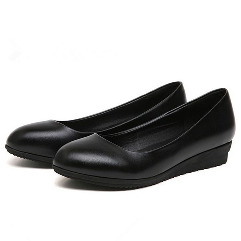 The New Korean Work Shoes Black  Dress Shoes All-match Occupation Round Hotel Work Shoes