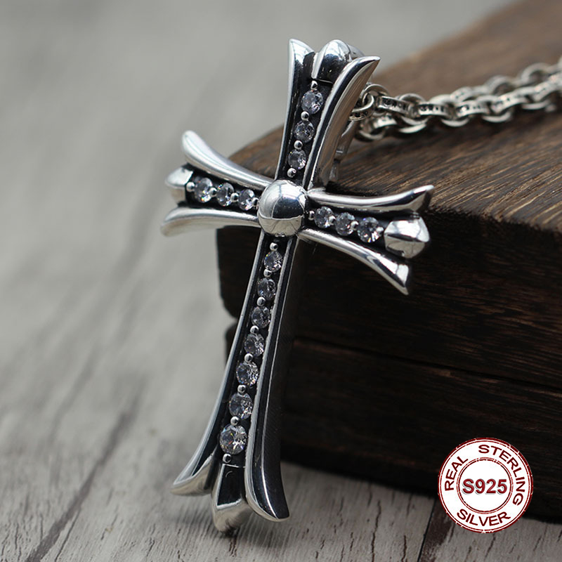S925 Sterling Silver Pendant Personalized Fashion Punk Retro Style Inlaid Ebony Cross Classic Jewelry Gift Crosses Hot RealS925 Sterling Silver Pendant Personalized Fashion Punk Retro Style Inlaid Ebony Cross Classic Jewelry Gift Crosses Hot Real