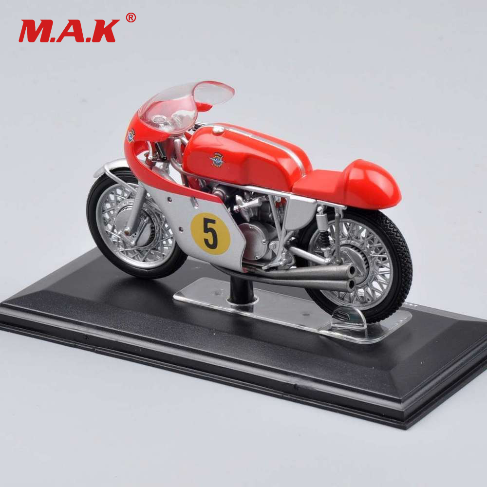 1/22 Scale Car Model Yamaha VALENTINO ROSSI YZR-M1 #46 Laguna Seca 2005 Racing Motorcycle Bike Bicycle Model Toys For Collection