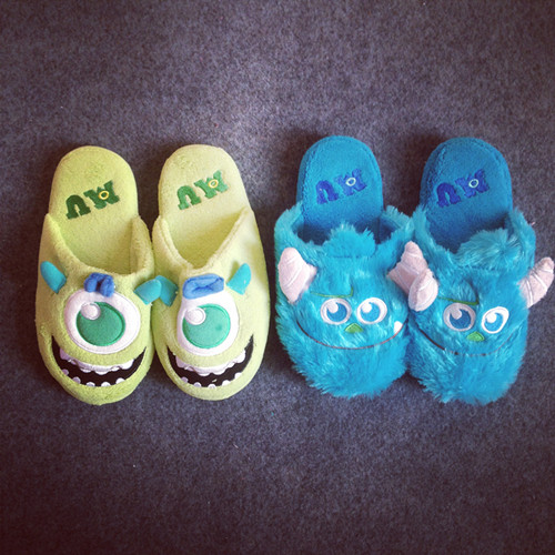 Monster University The whole network big small blue wool big green plush slippers cosplay shoes