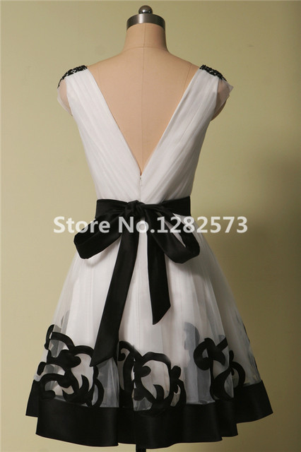 9a7d401b064 White and Black Vintage Elegant Cocktail Dresses Above Knee Ball Gown  Cocktail Dress Crystal Cap Sleeve Formal Party Gown
