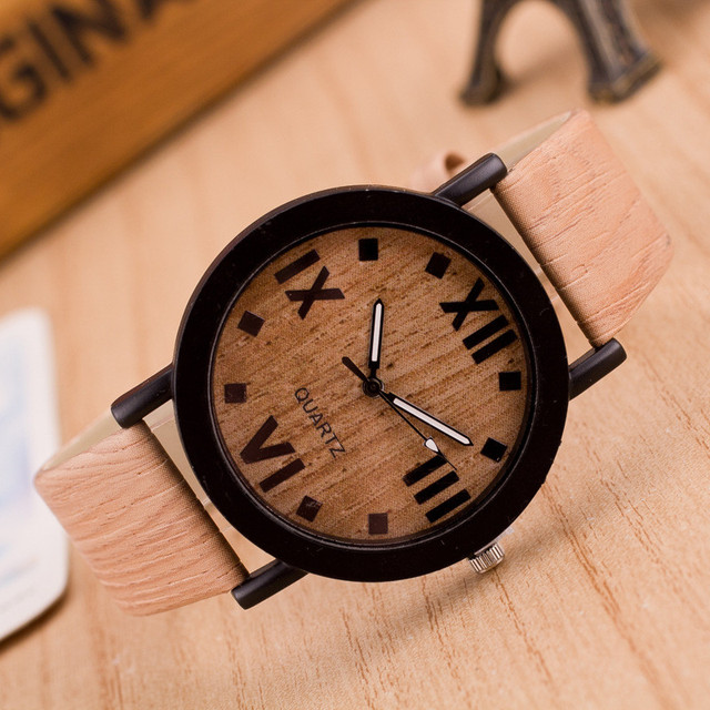 Wooden Case and Leather Band Analog Quartz Watch