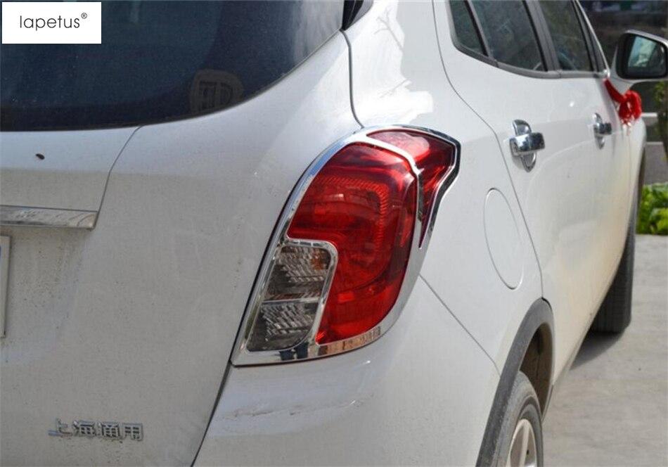 Vauxhall Corsa C Mk2 10//2000-10//2003 Rear Bumper Fog Light Lamp Passenger Side