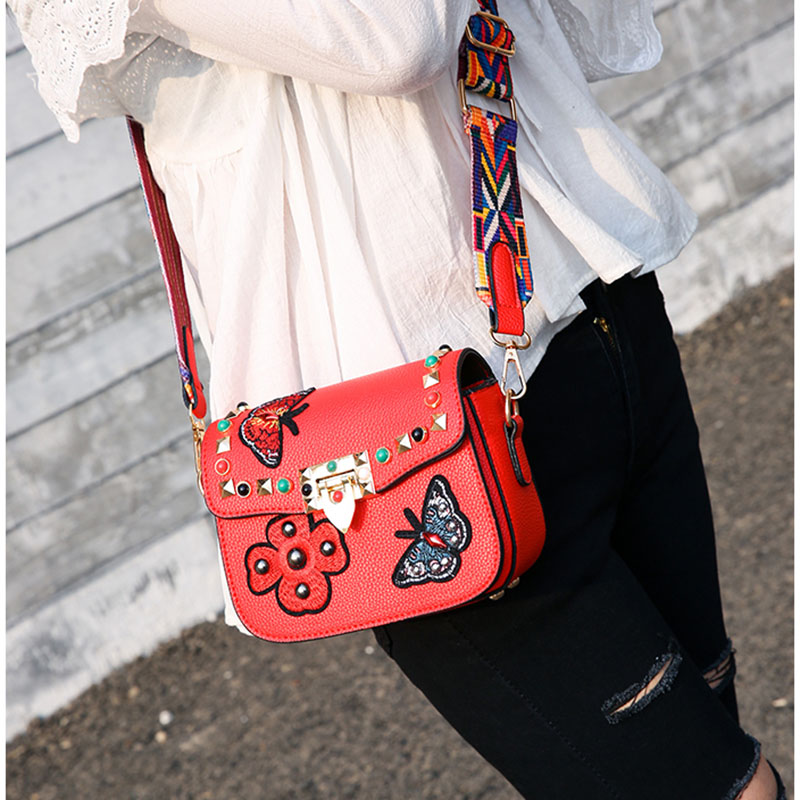 Fashion Women Rivet Strap Shoulder Bag Flower Butterfly Embroidery Pattern PU Leather Crossbody Bags LT88
