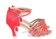 Hxyoo дамы атласные мягкая подошва красный цветок с Серебряный Сальса Обувь для танцев женские латинских танцев Обувь GM015