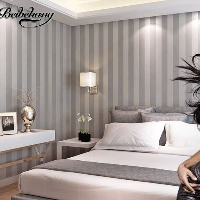 Beibehang plain wallpaper decoration light gray vertical striped wallpaper modern minimalist lines papel de parede non