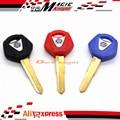 3 unids Lot Motocicleta En Blanco La Hoja Sin Cortar Clave Para Yamaha YZF R1 R6 FJR1300 XJR1200 XJR1300 SR400 XVS400 XJ6 FZ1 FZ6 FZ4 FZ8 NUEVA