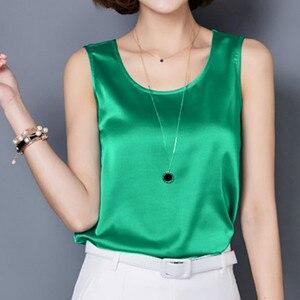 Image 2 - Tops con tirantes de seda de imitación satinada para mujer, chaleco de verano, camisola de seda Sexy para mujer, camiseta recortada con cuello en V