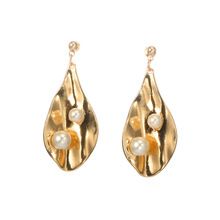 New Creative Cute Flower Petal Drop Earrings for Women Silver Gold Leaf Charm Dangle with Pearls Womens Earings
