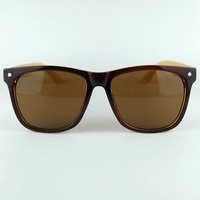 Wholesale Fashion Brand Wooden UV400 Sunglasses Good Quality Big Plastic Frame Decorate Metal Point With Nature