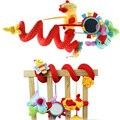 Симпатичные Младенческая Baby PlayToys Активности Спираль Кровать и Коляска Игрушка Набор Висит Колокол Кроватки Rattle Toys Новорожденного Образовательных Куклы