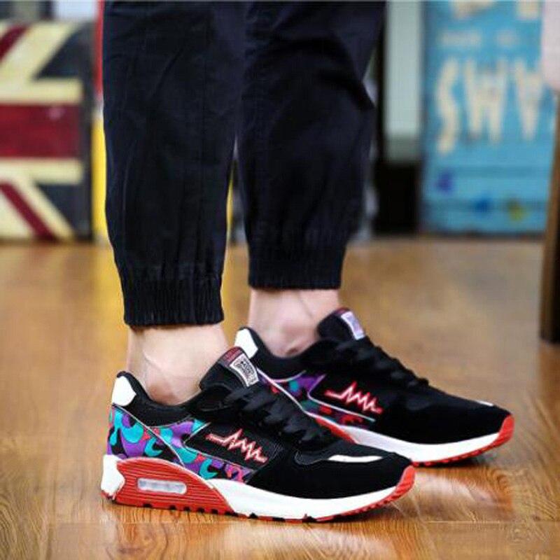 7ff64d455 Moda dos homens Sapatos de Malha de Ar Primavera Outono Rendas Até Ao Ar  Livre Sapatos Casuais Sapatos Da Moda Respirável Flats Sapato Andando de  Skate ...