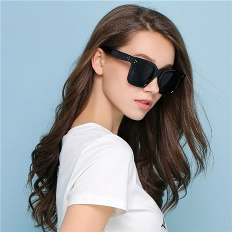 New Rivets Vintage Women Sunglasses Baby Audrey Fashion Super Retro Sun Glasses Cateye D ...
