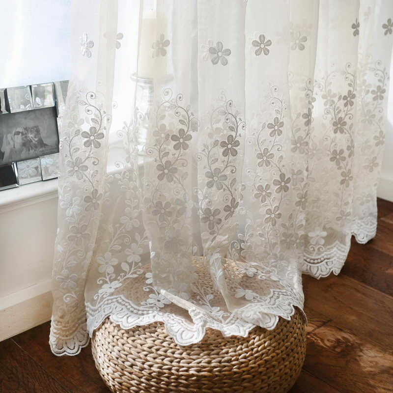 Simple European White Color Dimensional Lace Embroidered